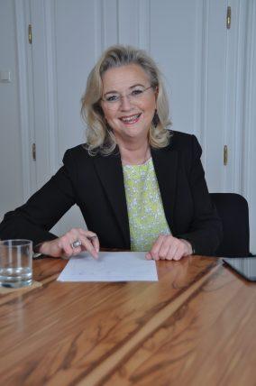 Dr. Eva-Maria Bachmann-Lang